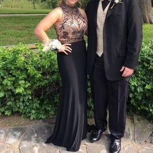 black/nude prom dress!